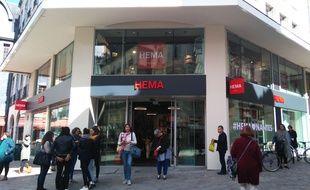 La boutique Hema rue de la Marne à Nantes.