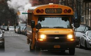 Des chauffeurs des célèbres bus scolaires jaunes de New York étaient en grève mercredi matin à l'appel de leur syndicat, leur premier mouvement social en 33 ans qui affecte 152.000 enfants.