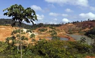 Image d'illustration d'une mine d'or légale en Guyane.