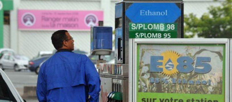 1064 stations essence en France proposent aujourd'hui l'E85, un carburant qui contient entre 65 et 85% d'éthanol.