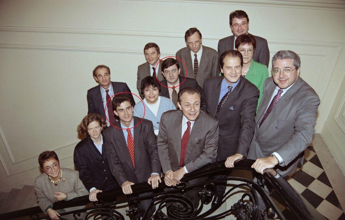 Dans une autre vie, Manuel Valls et Jean-Luc Mélenchon étaient tous deux jeunes rocardiens. (Bureau national du PS, 24 octobre 1993, entourant Michel Rocard) – ERIC FEFERBERG / AFP
