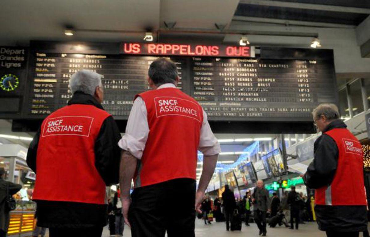 Parmi les postes à pourvoir à la SNCF, des agents de médiation, d'entretien et d'accueil des touristes dans les grandes gares. – DURAND FLORENCE/SIPA