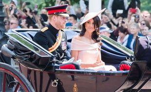 Le duc et et la duchesse de Sussex, Harry et Meghan, le 9 juin 2018, lors de la parade militaire pour les 92 ans de la reine Elisabeth.