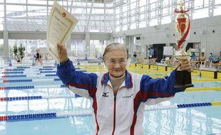Mieko Nagaoka, nageuse japonaise vient de remporter un record à 100 ans.