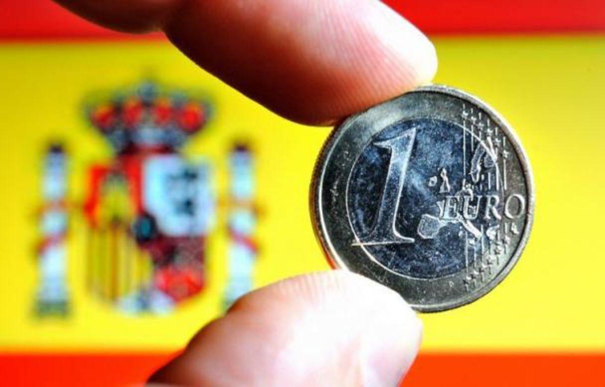 L'Espagne a publié lundi sa lettre officielle de demande d'aide à la zone euro, sans toutefois fournir les détails du plan qui devrait être prêt pour le 9 juillet, date de la prochaine réunion de l'Eurogroupe. – Philippe Huguen afp.com