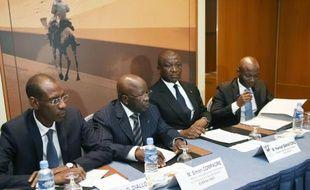 (De g àd) Les ministres de l'Intérieur Abdoulaye Daouda Diallo (Sénégal), Simon Compaoré (Burkina), Hamed Bakayoko (Côte d'Ivoire) et Salif Traoré (Mali) à Abidjan le 24 mars 2016