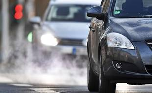 Pollution automobile (illustration)