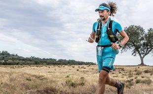 Luca Papi, ici en juillet sur l'ultra marathon Beira Braixa au Portugal (281 km), qu'il a terminé à la troisième place.