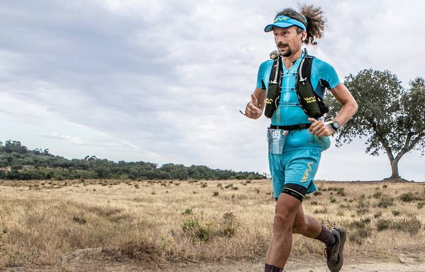 Ultra-Trail : « Il n'est jamais en souffrance »… Comment l'Italien Luca Papi peut-il enchaîner autant de courses XXL ?