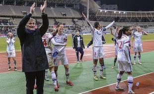 Gérard Prêcheur et les joueuses de l'OL ont définitivement tué tout suspense en D1 la saison passée en l'emportant (0-4) à Paris en février.