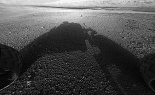 Une photographie du Mount Sharp, sur Mars, prise par le rover Curiosity le 6 août 2012.