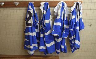 La rumeur du jeu de la biscotte pratiqué dans les vestiaires de rugby est particulièrement tenace, bien qu'aucun élément concret ne prouve son existence.
