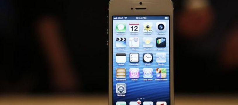Présenté le 12 septembre 2012, l'iPhone 5 est le smartphone le plus fin du monde.