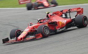 Charles Leclerc a remporté à 21 ans le premier Grand Prix de sa carrière, avec Ferrari, le 1er septembre 2019 sur le circuit de Spa.