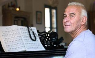 Le chanteur Michel Fugain, le 30 juin 2013 en Corse