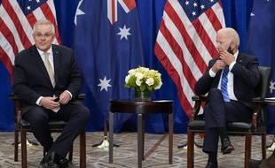 Le président américain Joe Biden et le Premier ministre australien Scott Morrison en marge de l'Assemblée générale des Nations unies, à New York, le 21 septembre 2021.