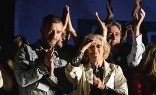 Manuela Carmena à un meeting de Podemos après l'annonce des résultats des élections municipales de Madrid, le 24 mai 2015.