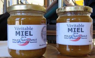 Dix kilos de miel ont été extraits lors de la première récolte.