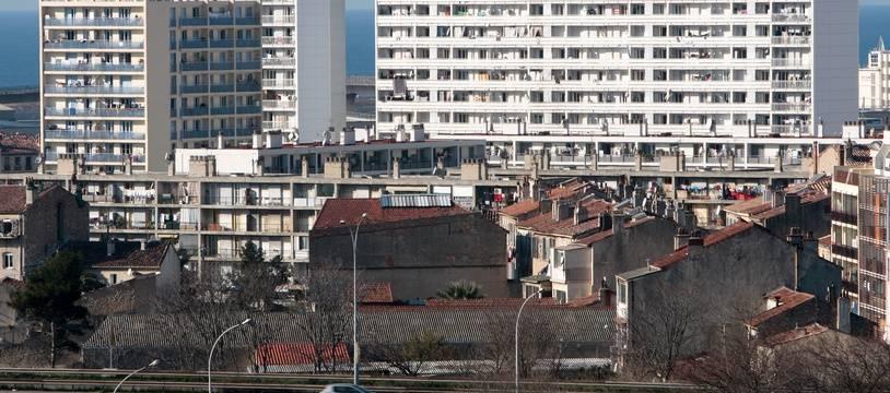 Marseille le 16 janvier 2011 - La cité Bellevue felix pyat dans les quartiers nords de Marseille