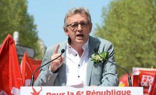 """Le secrétaire national du PCF, Pierre Laurent, a estimé jeudi que l'allongement de la durée de cotisations, mesure jugée la """"plus juste"""" par François Hollande dans le cadre de la réforme des retraites, reviendrait à poursuivre """"le démantèlement du droit à la retraite à 60 ans""""."""
