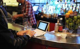 Pour ne pas finir tout seul avec votre PC, le site Privateaser vous permet de privatiser un bar en quelques clics, pour faire la fête avec vos amis.