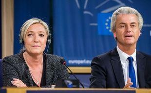 Marine Le Pen et Geert Wilders, le 28 mai 2014 au Parlement de Bruxelles.