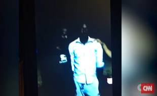 Illustration: Capture d'écran d'une vidéo de CNN montrant des migrants vendus comme esclaves en Libye.