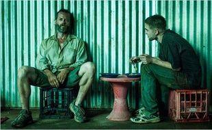 Guy Pearce et Robert Pattinson dans The Rover