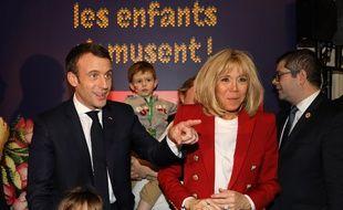 Emmanuel et Brigitte Macron, le 19 décembre lors du Noël de l'Elysée.