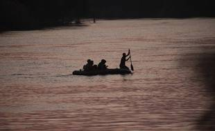 Des migrants mexicains tentant de rejoindre les Etats-Unis par le Rio Grande.