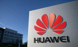 Biden maintient Huawei sur liste noire
