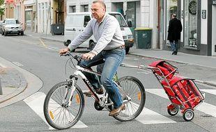 Deux chariots pour vélo sont disponibles dans le magasin lyonnais.