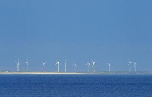 Une ferme éolienne sur la côte irlandaise.