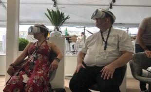 Antoine B. et Caroline Vié en train de tester Wild Immersion