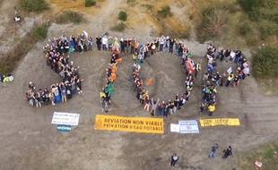 Manifestation de militants écologistes contre le projet de déviation routière du Taillan-Médoc, en Gironde, le 2 février 2020.