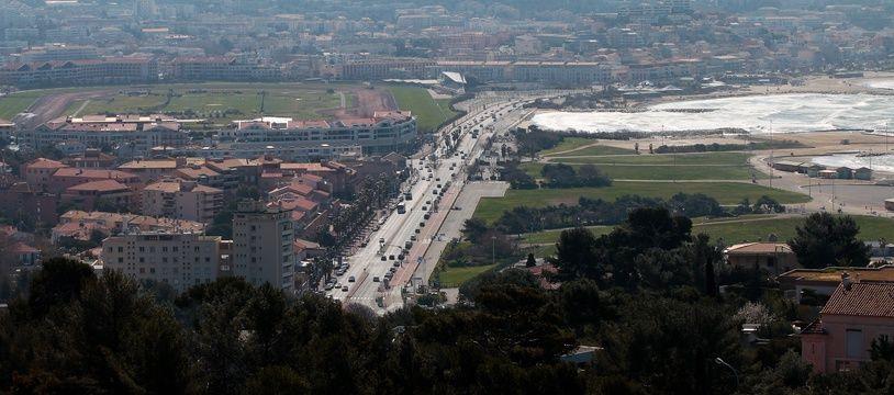Marseille le 14 mars 2013 - Vue de l' escale Borély , les plages et l ' hippodrome Borély