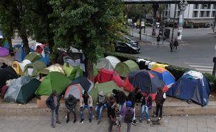 Le campement de migrants de Stalingrad, à Paris, le samedi 29 octobre.
