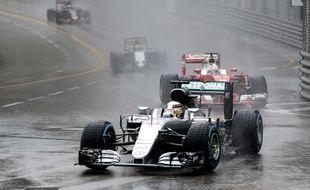 Lewis Hamilton a remporté un GP de Monaco très pluvieux, le 29 mai 2016.
