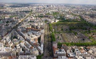 Vue de Paris et de la région parisienne depuis la tour Montparnasse. (Illustration)