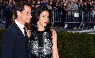 Anthony Weiner et Huma Abedin, le 2 mai 2016 à New York, lors d'un gala de charité.