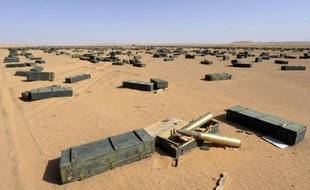 Elles dorment sans surveillance dans d'immenses stocks dans le désert libyen ou traînent dans les ruines de Syrte, dernier refuge de Mouammar Kadhafi: des milliers de tonnes de munitions présentent encore une menace mortelle pour la région dévastée, et bien au-delà