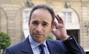 """M. Copé a estimé au contraire que l'essentiel des propositions de sa commission avaient été reprises, et il a assuré sur France 2 que la désignation du président de France Télévisions par le gouvernement """"n'avait rien à voir avec (l'époque de) l'ORTF"""". """"Il n'y a aucun risque de reprise en main"""", a aussi assuré la ministre de la Culture Christine Albanel."""