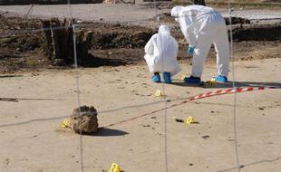 La police scientifique sur le site du drame, à Sivens, le 27 octobre 2014.