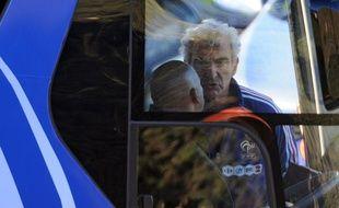 Raymond Domenech en 2010 en afrique du Sud lors de la grève des joueurs...
