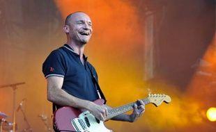 Gaetan Roussel en concert au Festival Solidays à Paris, le 26 juin 2011.