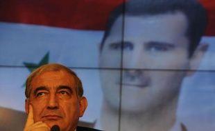 La Syrie est prête à discuter d'une démission du président Bachar al-Assad dans le cadre d'un processus de négociations avec l'opposition, a déclaré mardi à Moscou le vice-Premier ministre syrien Qadri Jamil.