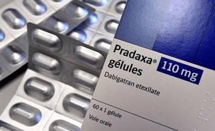 Une boîte de l'anticoagulant Pradaxa du laboratoire Boehringer Ingelheim.