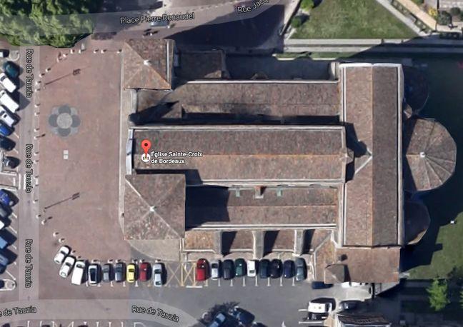 Les sarcophages ont été découverts à l'angle de la rue Tauzia et Pierre Renaudel.