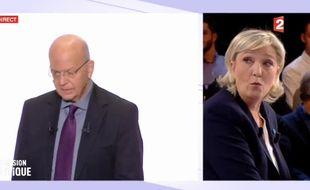 Marine Le Pen surprise en découvrant l'entrée de Patrick Buisson sur le plateau de