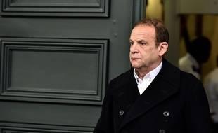 François-Marie Banier est le principal prévenu du volet abus de faiblesse de l'affaire Bettencourt.  / AFP PHOTO / GEORGES GOBET